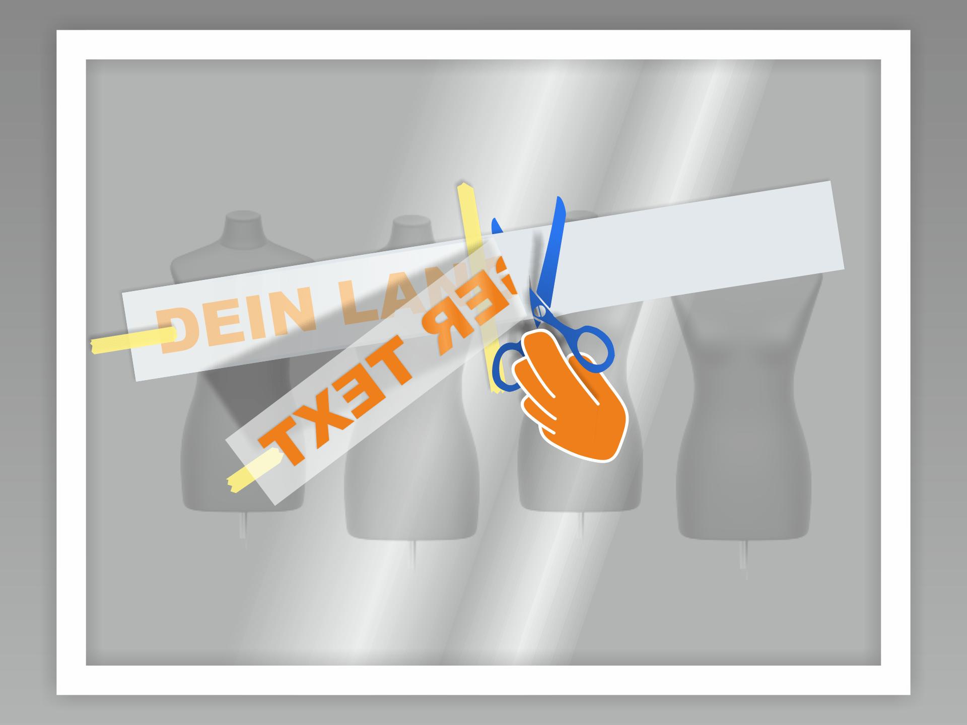 Der mittige Kreppstreifen teilt den Aufkleber in 2 Hälften, die jeweils einzeln aufgeklebt werden. Dazu zunächst die eine Hälfte des Aufkleber umklappen. Dann das Trägerpapier bis zur Mitte lösen und abschneiden.