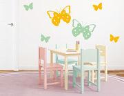 """Wandtattoo """"Butterflies Paradise"""" wirkt verspielt"""
