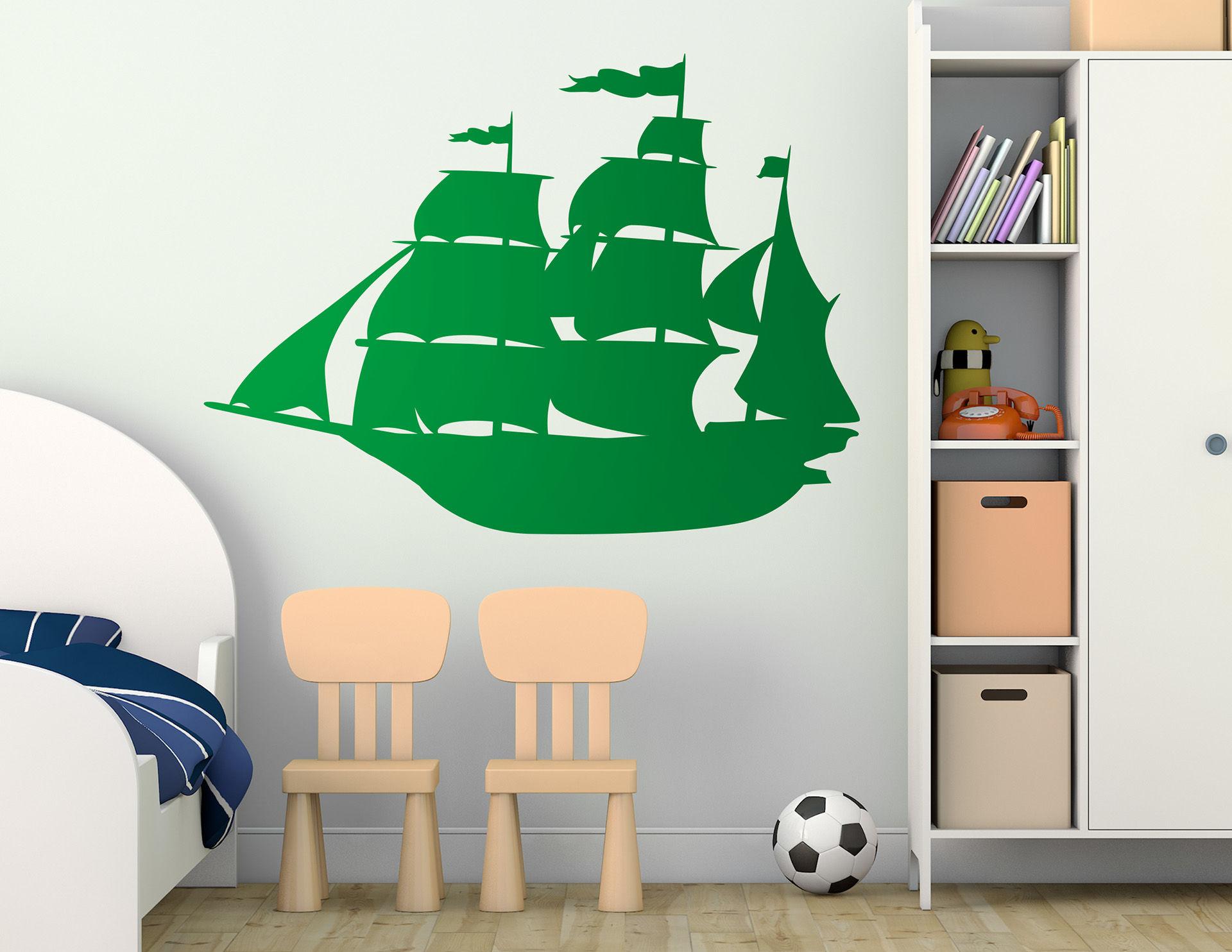 Wandtattoo piratenschiff great erik f r kleine seeb ren for Bootsaufkleber design