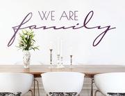 """Wandtattoo """"We are family"""" fürs Miteinander"""