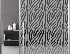 """Milchglasfolie """"Zebra Zoom"""" der Muster-Klassiker aus Afrika"""