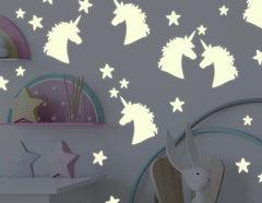 """Leuchtsticker """"Einhorn Amour"""" strahlen magisch bei Nacht"""