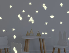 Leuchtsticker Konfetti Ecken: Geometrischen-Look + Spielspaß