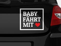 Autoaufkleber Baby fährt mit