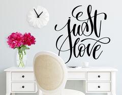 """Wandtattoo """"Just Love"""" betont was wirklich zählt"""