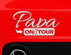 "Autoaufkleber ""Papa on Tour"" für die volle Dad-Power"