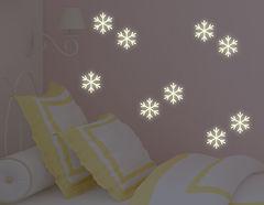 Brrrrrr.... Hat's etwa geschneit? Leuchtsticker-Wandtattoo Snow Flakes nicht nur für Schneeköniginnen