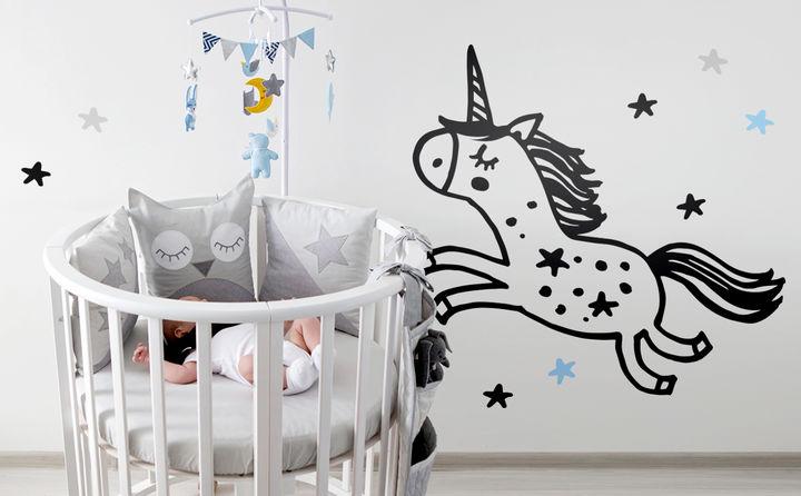 100% Liebe und ganz große Gefühle: Unsere Wandtattoos rund um Baby & Geburt geben dem Kinderzimmer das gewisse Etwas. Süße Träume sind damit garantiert!