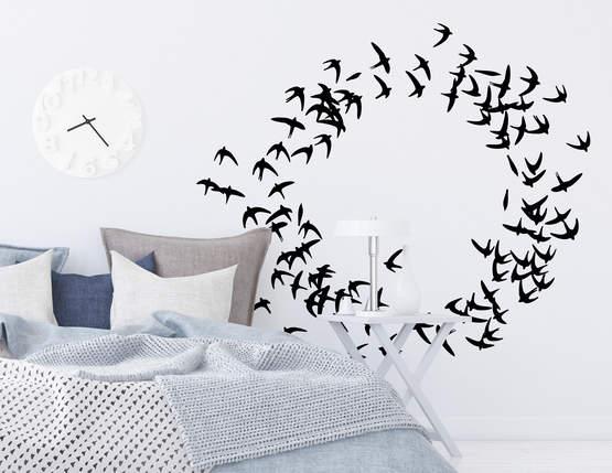 """Wandtattoo """"Vogelschwarm im Wind"""" steht für Zusammenhalt"""